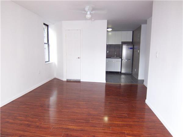 390 Broome Street Interior Photo