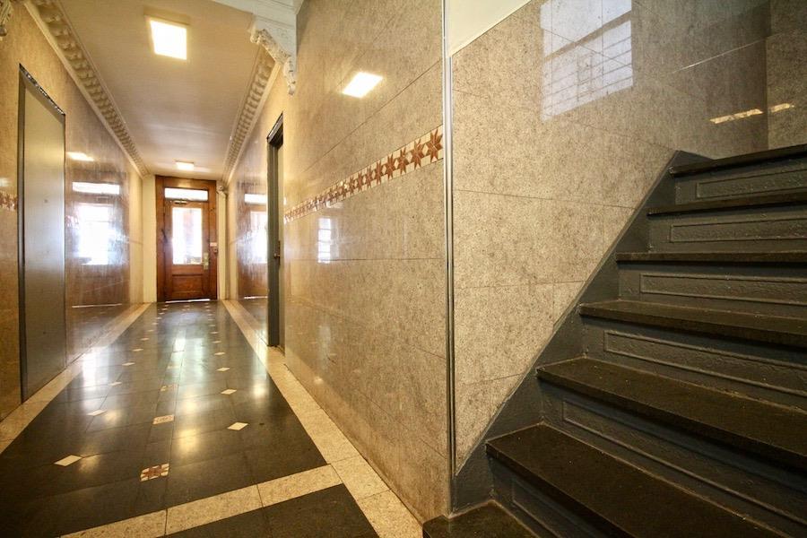 98 Thompson Street Interior Photo