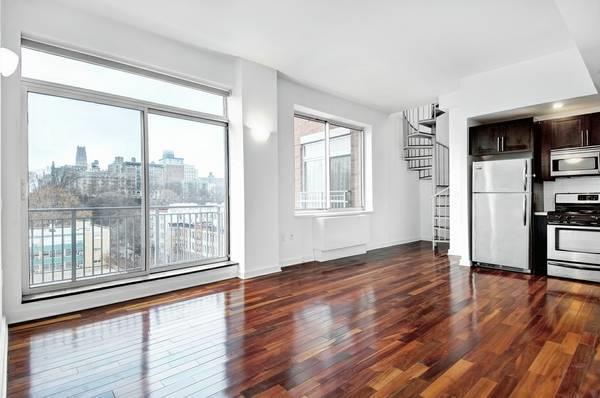 454 Manhattan AVE.