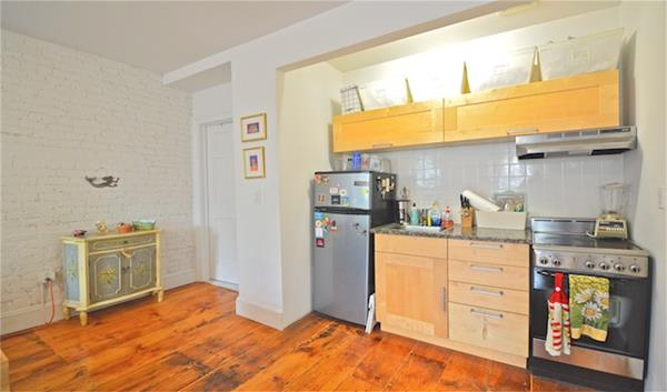 343 West 20th Street Interior Photo