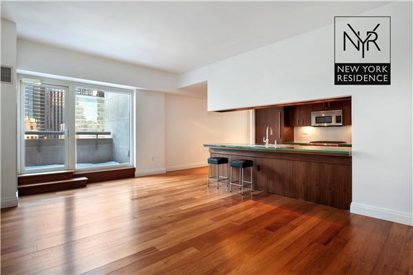 33 W 56th St 16, New York, NY 10019