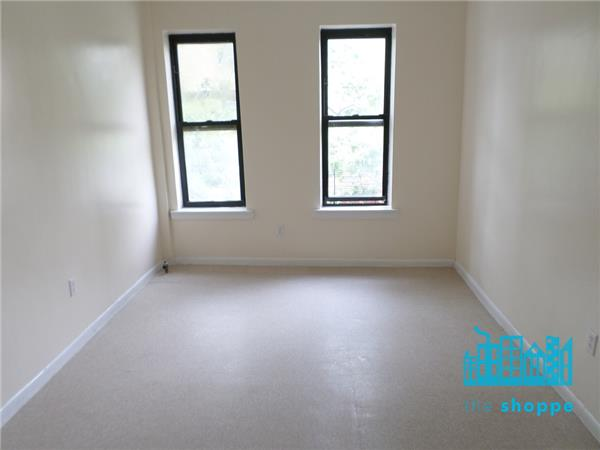 East New York One Bedroom Brooklyn See Pics Avail