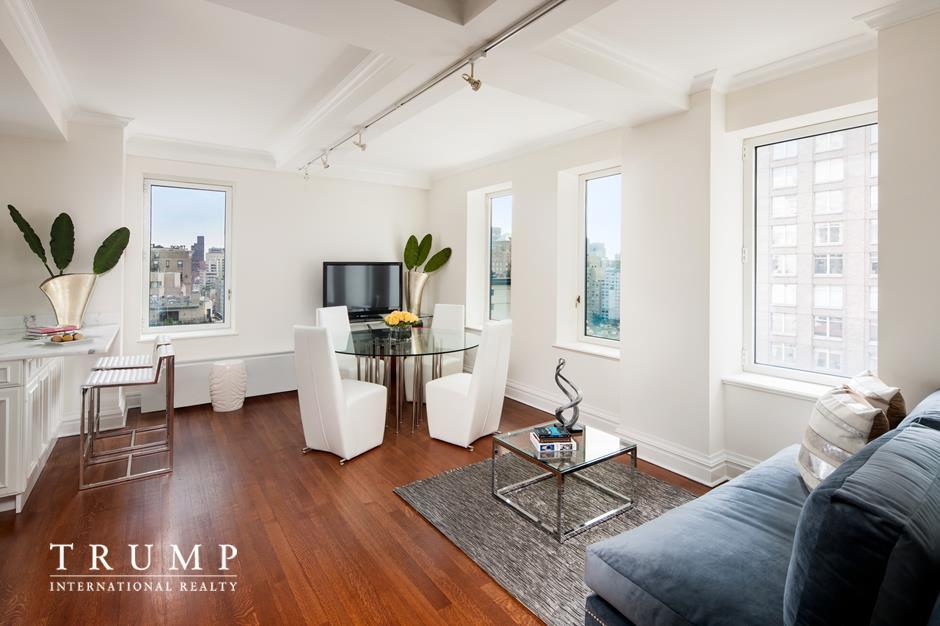502 Park Avenue Interior Photo