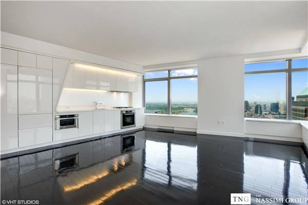 *RARE OPPORTUNITY TO COMBINE THREE UNITS INTO A ONE SPRAWLING APARTMENT! IF CONTRACT WILL BE SIGNED BEFORE AUGUST 31ST 2018 PROSPECTIVE BUYER WILL RECEIVE $50,000 CONSTRUCTION CREDIT*.Bring your architect. Views of 9/11 Memorial Park, Statue of Liberty, the river, city of Manhattan and beyond from every window of your residence. W Hotel signature WHATEVER/WHENEVER ® service and hotel amenities are available 24/7/365. David Rockwell designed Lobby.