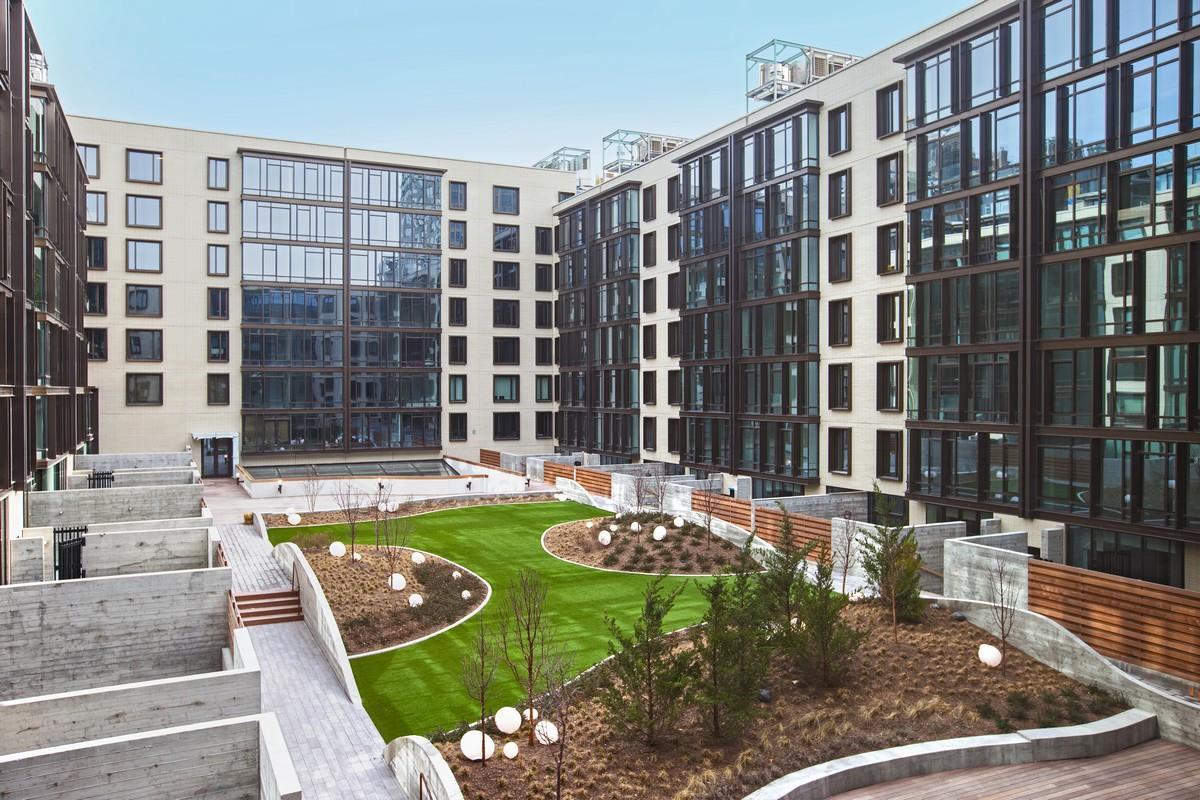 429 kent avenue apt 337 platinum properties for Kent avenue apartments