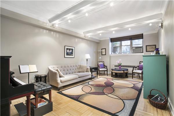 720 Fort Washington Avenue Washington Heights New York NY