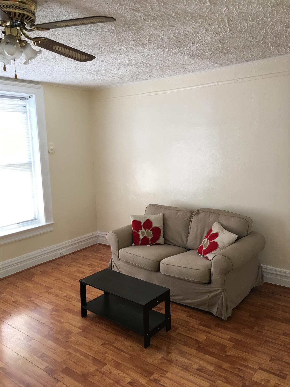 27 Linden Boulevard Interior Photo