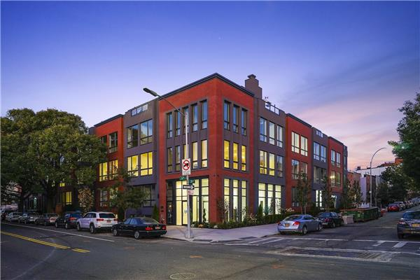 695 6th Ave 2-G