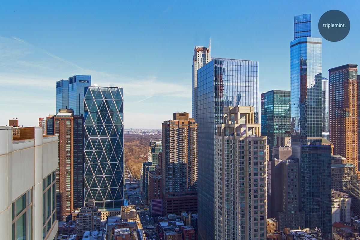 Condominio por un Alquiler en The Link, 310 West 52Nd Street Ph-A 310 West 52Nd Street New York, Nueva York 10019 Estados Unidos