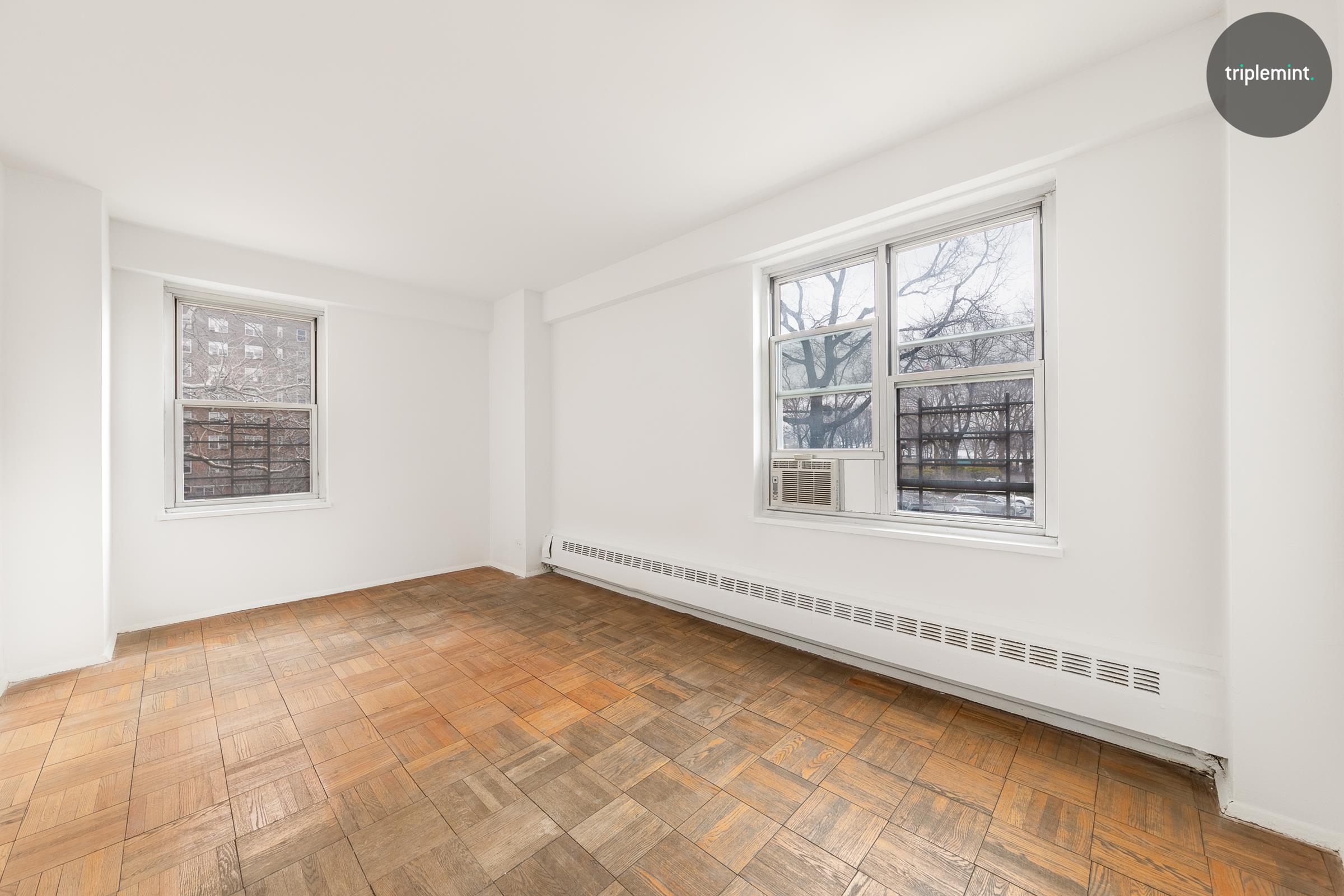 577 Grand Street Interior Photo