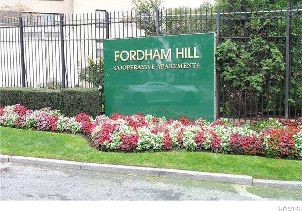 2 Fordham Hill Oval