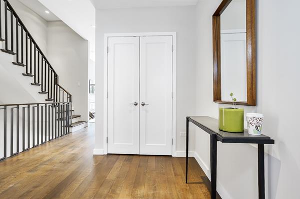 357 Henry Street Interior Photo