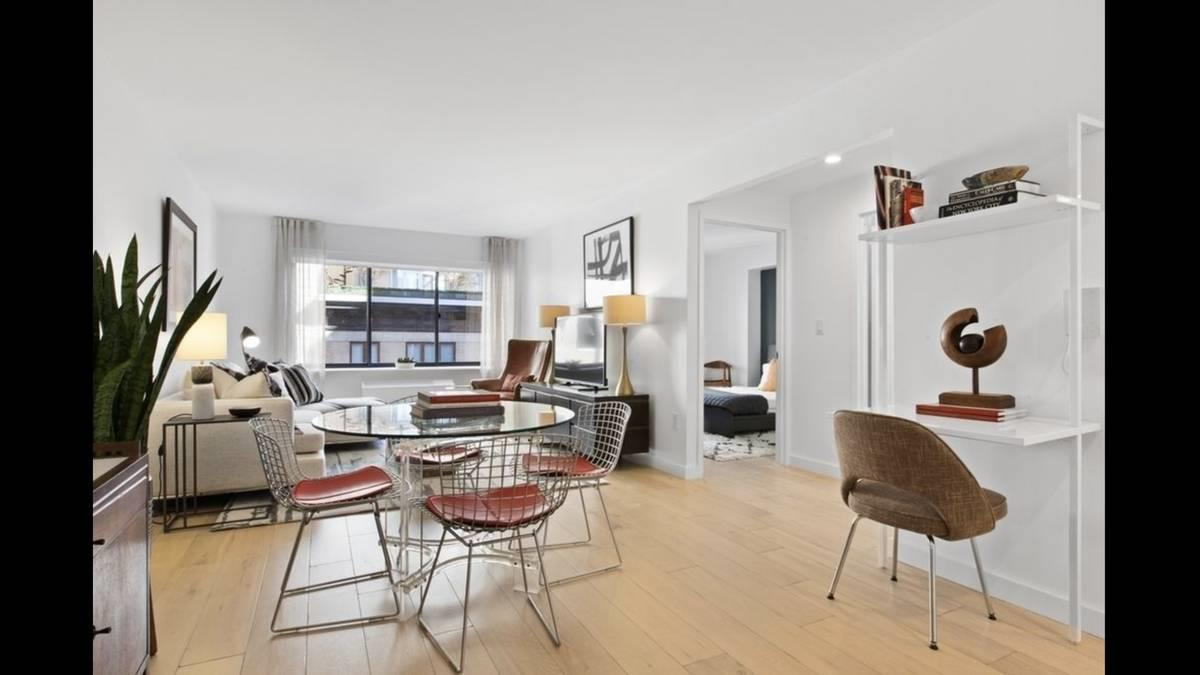 160 West 24th Street Interior Photo