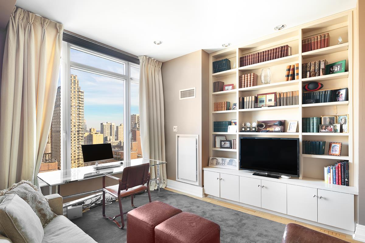 205 East 85th Street Interior Photo