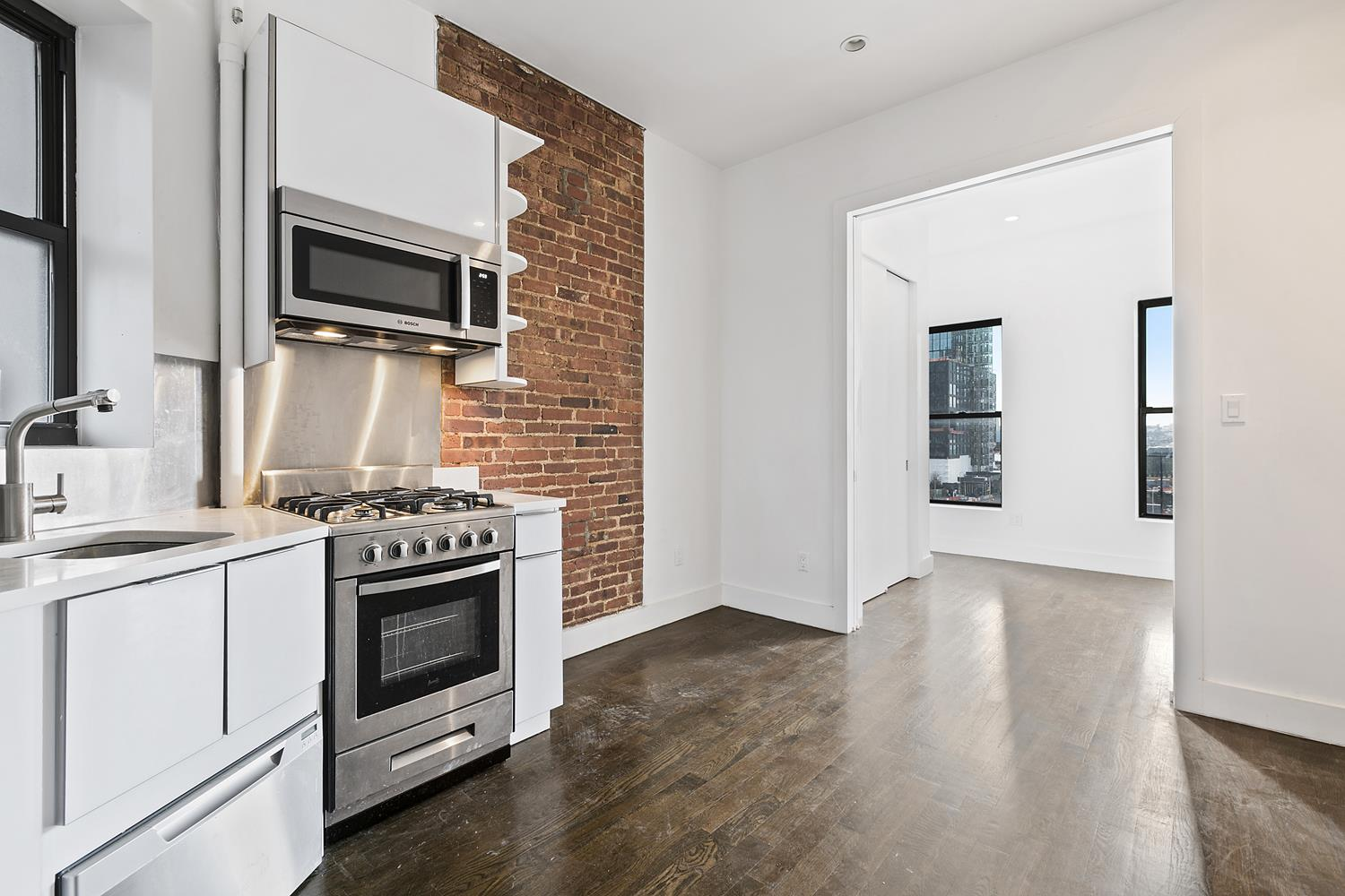 440 Tenth Avenue Interior Photo