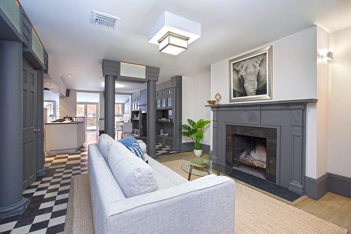 54 Charles Street Interior Photo
