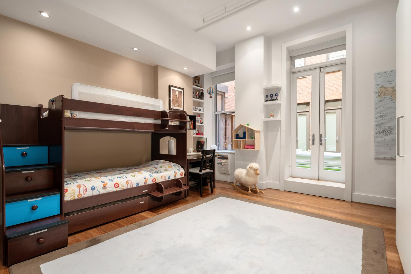 285 Lafayette Street Interior Photo