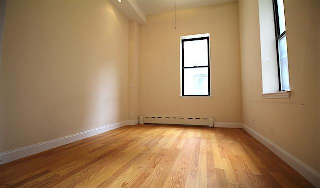 73 West 68th Street Interior Photo