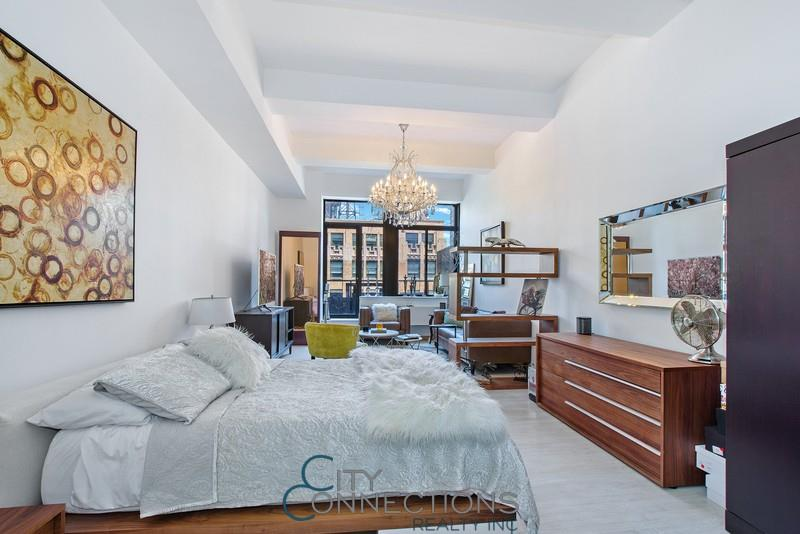 310 East 46th Street, Apt 15-F, Manhattan, New York 10017