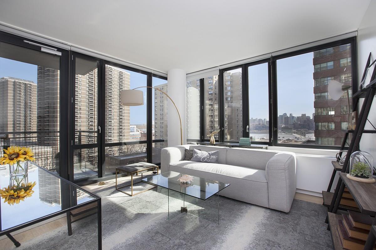 60 Fulton St 20-D, New York, NY 10038