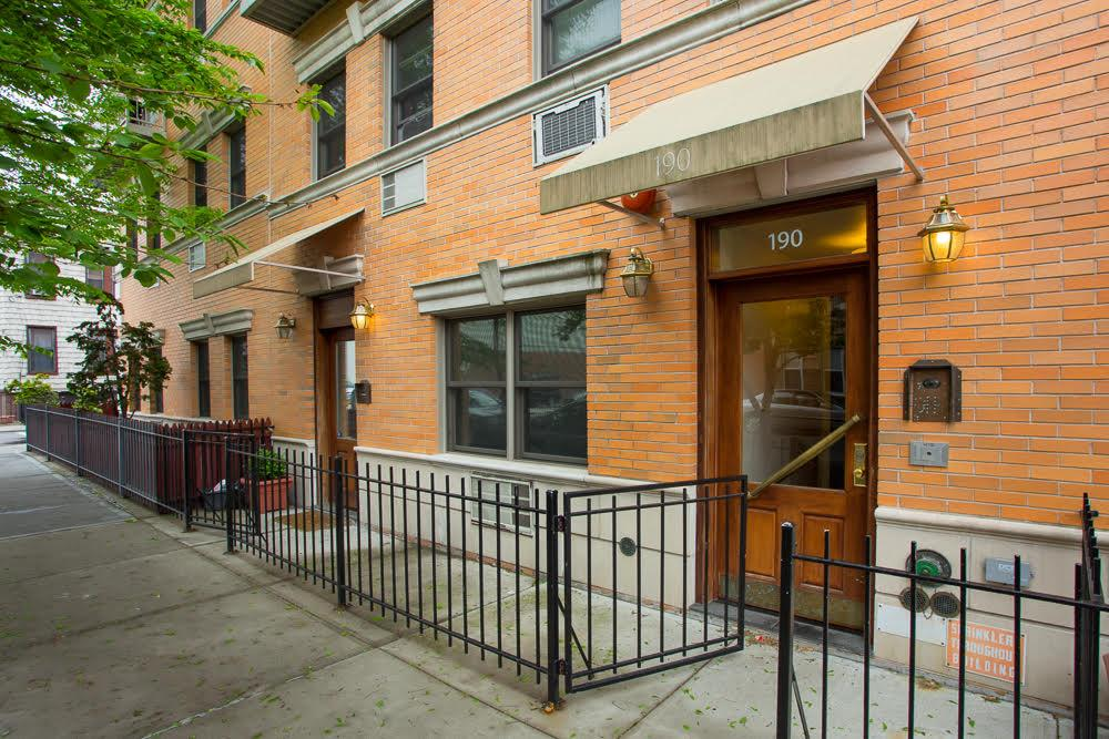175 Diamond Street, Apt 3-N, Brooklyn, New York 11222