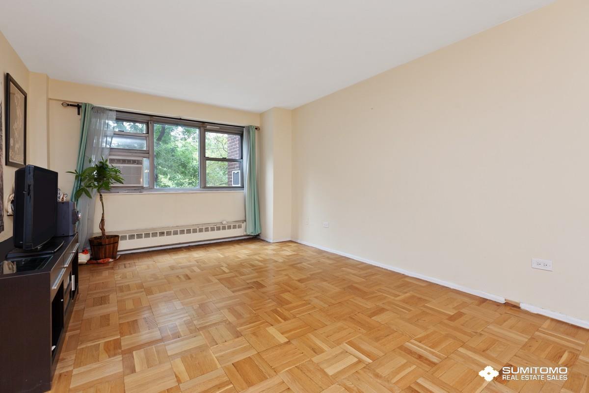 175 Adams Street, Apt 4-F, Brooklyn, New York 11201