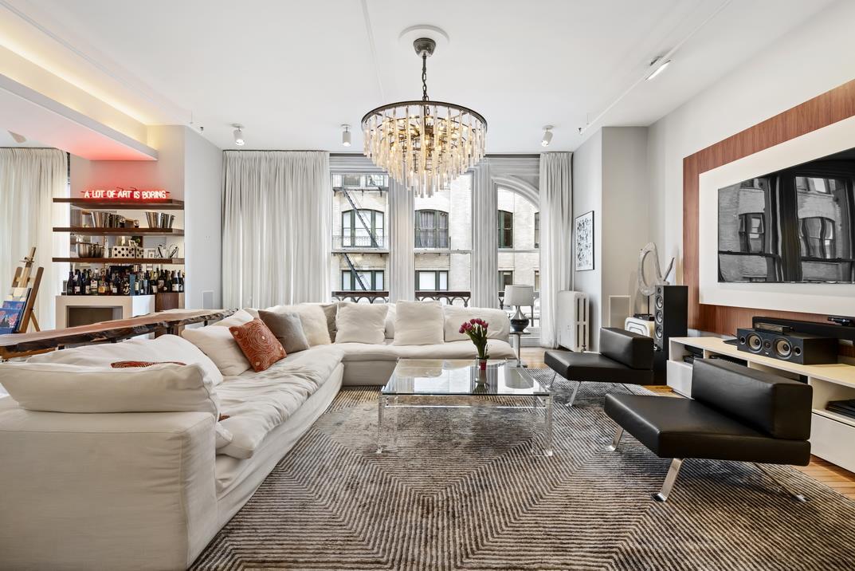 644 Broadway Interior Photo