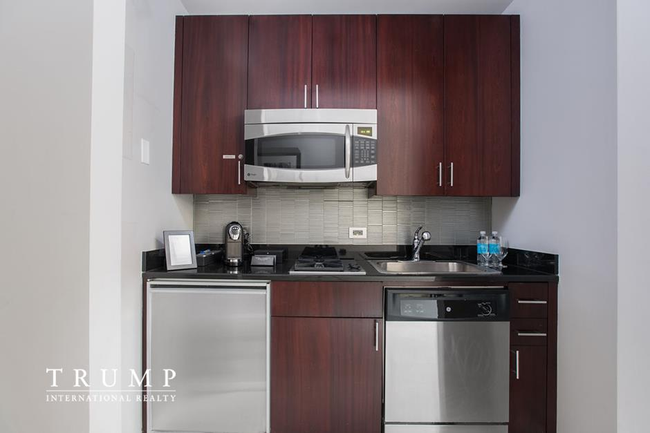Apartment for sale at 1 Central Park West, Apt 1612