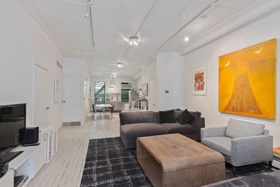 156 West 22nd Street Interior Photo