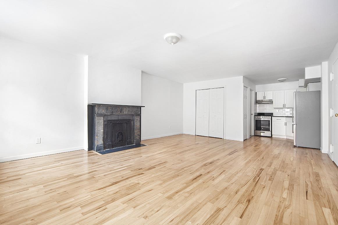 343 West 22nd Street Interior Photo
