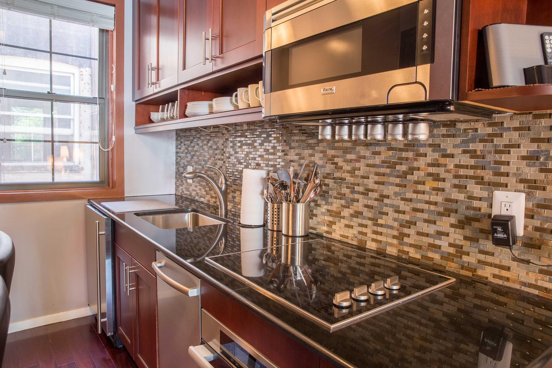 335 West 21st Street Interior Photo