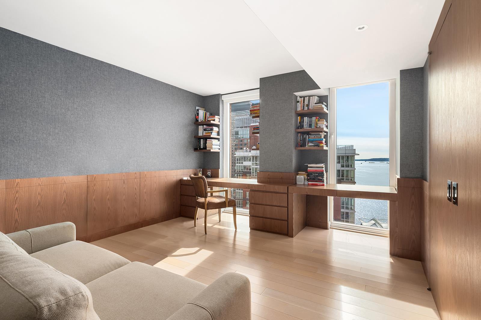 212 Warren Street Interior Photo