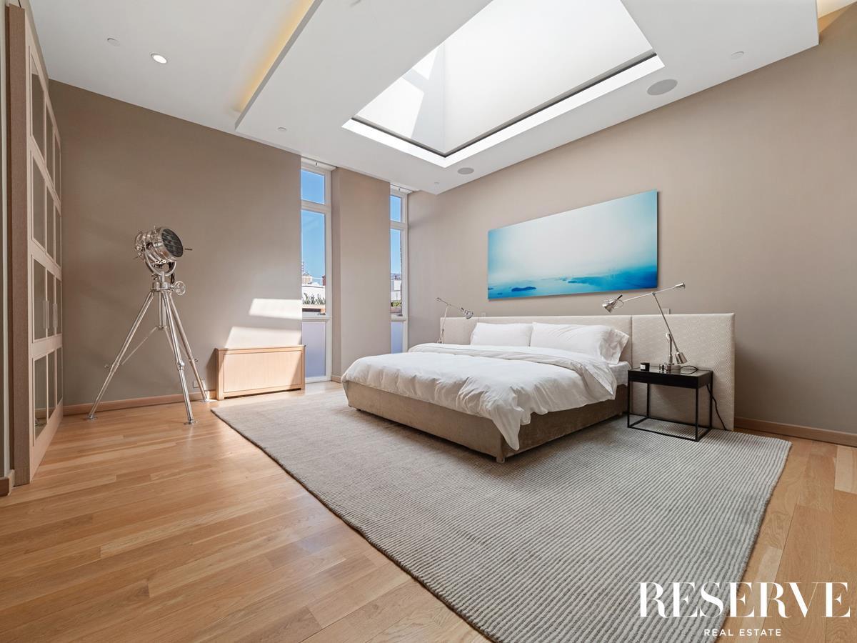383 West Broadway Interior Photo