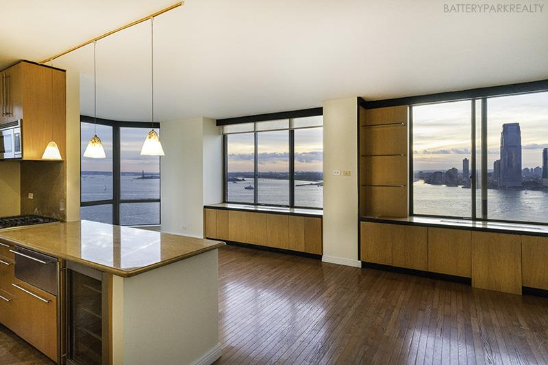 Best waterfront building with South/West corner wrap around, Hudson River & Statues of Liberty views in every room. Bay window, terrace on the water, renovated kitchen, hardwood floor, health club with swimming pool.