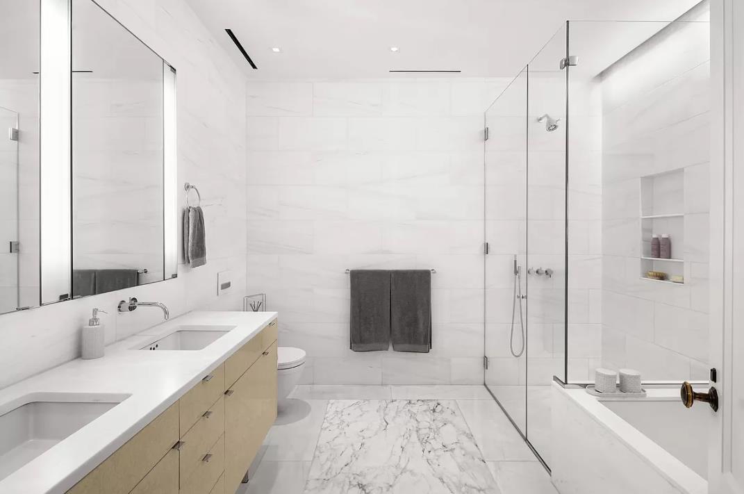 560 West 24th Street Interior Photo