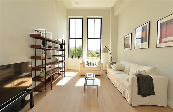 Beautiful one bedroom, two baths apartment. Totally renovated unit, bright sun, open view in the prestigious Printing House. Equinox in the building with rooftop pool for members only. Amazing loft unit in the hear of the West Village.