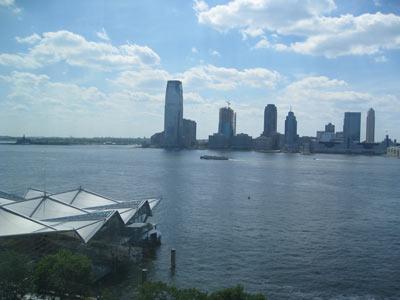 2 River Terrace