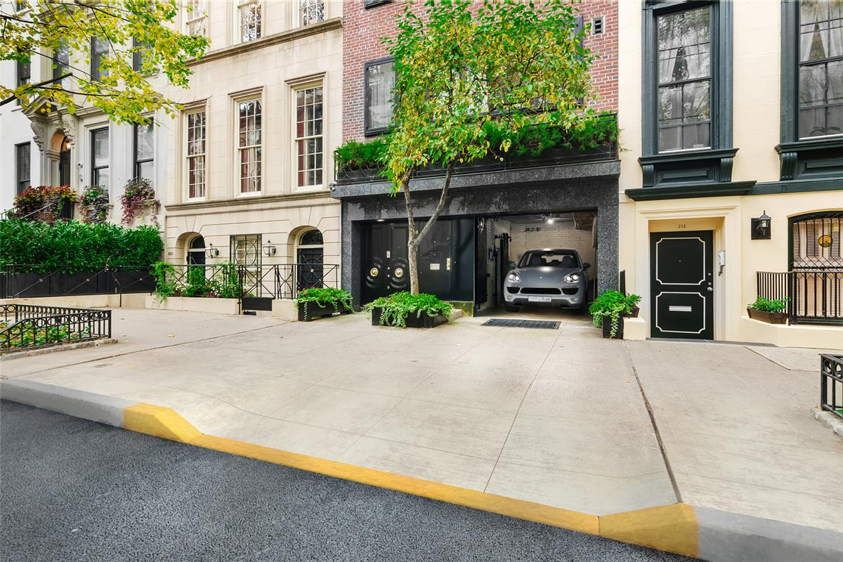 218 East 62nd Street, Upper East Side, New York