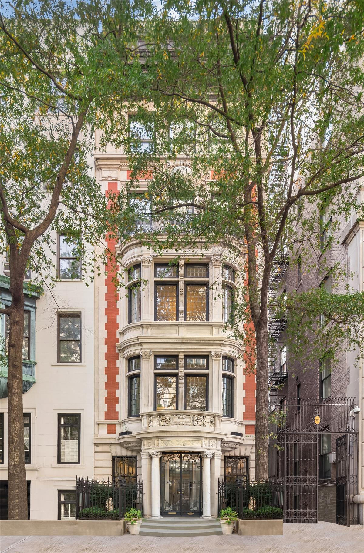 Single Family Home for Sale at 4 East 74th Street 4 East 74th Street New York, New York 10021 United States