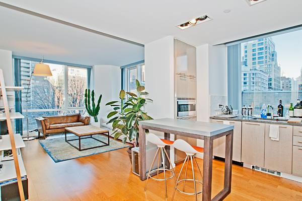 Amazingly spacious corner one-bedroom with dual exposures to the north and east bringing in lots of sunlight.  Enjoy views of Washington Square Park, the Frank Gehry Building, The Woolworth Building, Hudson River Park and the Tribeca skyline from the comfort of the living room.  This lovely apartment features floor to ceiling windows, hardwood floors and 10 ft high ceilings.  The windowed kitchen is equipped with top of the line appliances from Sub Zero, Viking and Bosch.  200 Chambers is a full service Tribeca building with amenities including a fitness center, residents' lounge, courtyard garden, pool and children's playroom.  Whole Foods, Barnes and Noble and top restaurants such as Marc Forgiorne, Locanda Verde, The Palm, North End Grill and Shake Shack are just steps away.