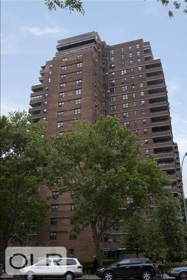 387 Grand Street