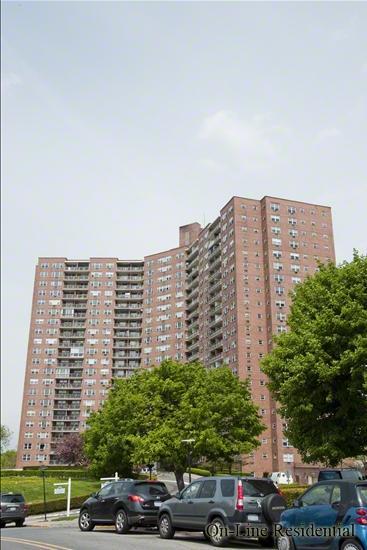 5900 Arlington Avenue