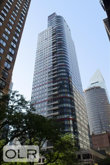 250 East 54th Street