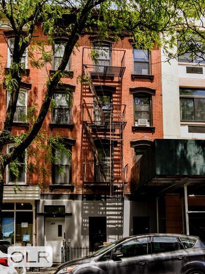 193 Sackett Street