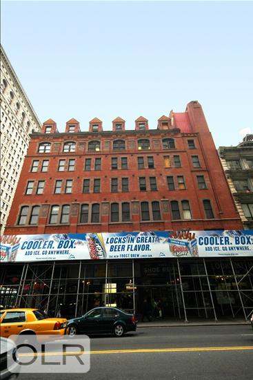 186 Fifth Avenue