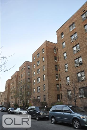 37-27 86th Street Jackson Heights Queens NY 11372