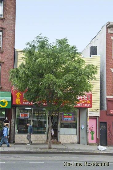 975 Manhattan Avenue