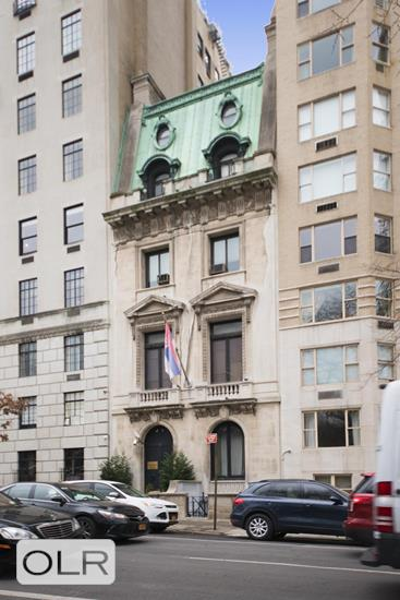 854 Fifth Avenue