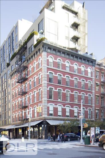 60 Warren Street