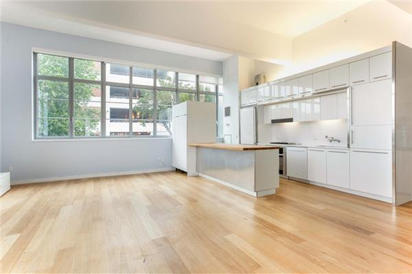 sold property at 27-28 Thomson Avenue, Arris Lofts